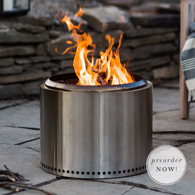 The Bonfire Pit | a backyard essential for fall