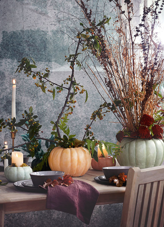 Pumpkin Planters | centerpieces for a moody harvest table